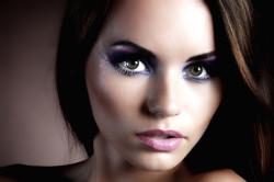 Рисунок 2. Вечерний макияж