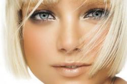 Для кукольного макияжа характерны румяна персиковых тонов