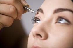 Коррекция бровей в домашних условиях для разных типов лица