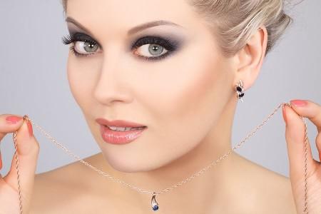 в чем секрет красивого макияжа Смоки Айз?