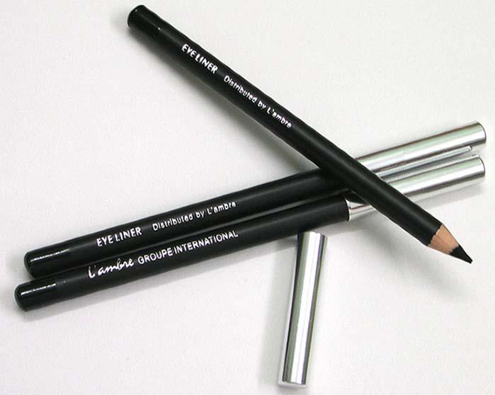 Черный мягкий карандаш для глаз