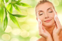 Очищение кожи лица перед макияжем