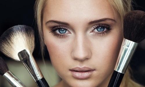 Правильный макияж для визуального сужения лица