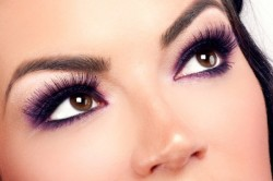 Вариант макияжа для карих глаз