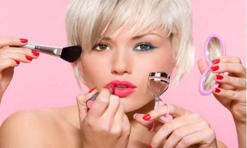 Правильное нанесение макияжа