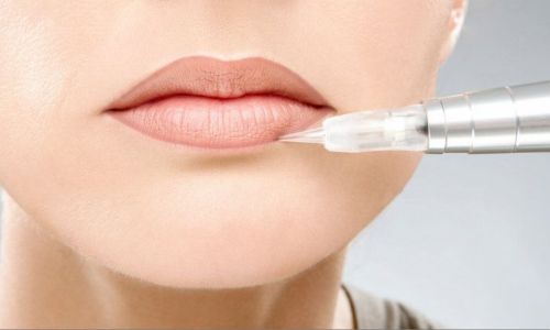 Процедура перманентного макияжа губ