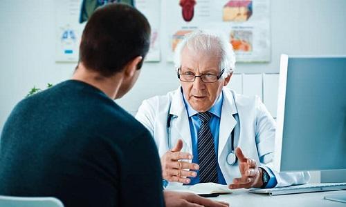При появлении различных новообразований на гениталиях необходимо немедленно обратиться к врачу